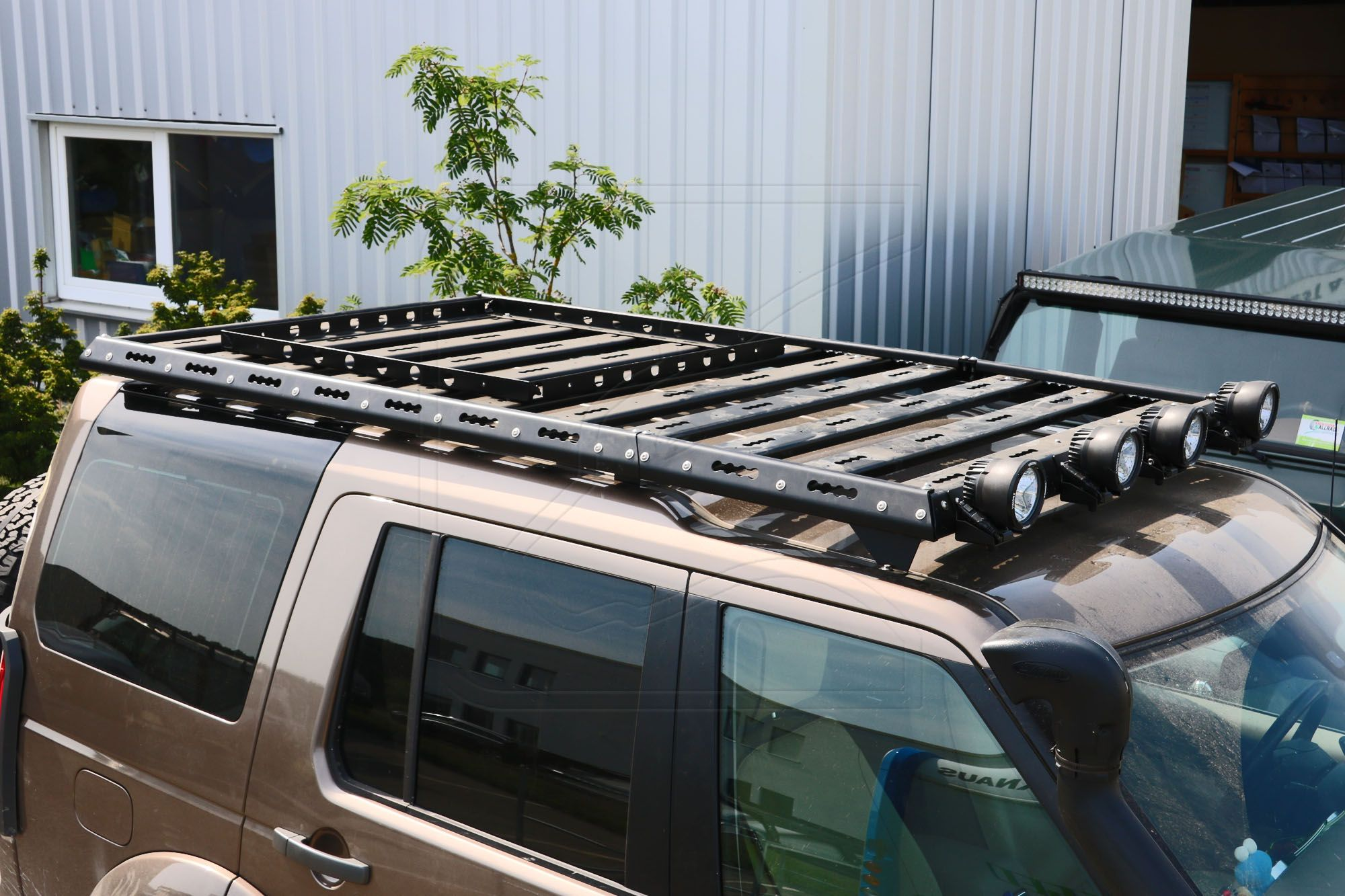 Cargobear Roof Rack System For Land Rover Discovery 3 4 Nakatanenga 4x4 Equipment For Land Rover Offroad Outdo In 2020 Land Rover Discovery Roof Rack Land Rover