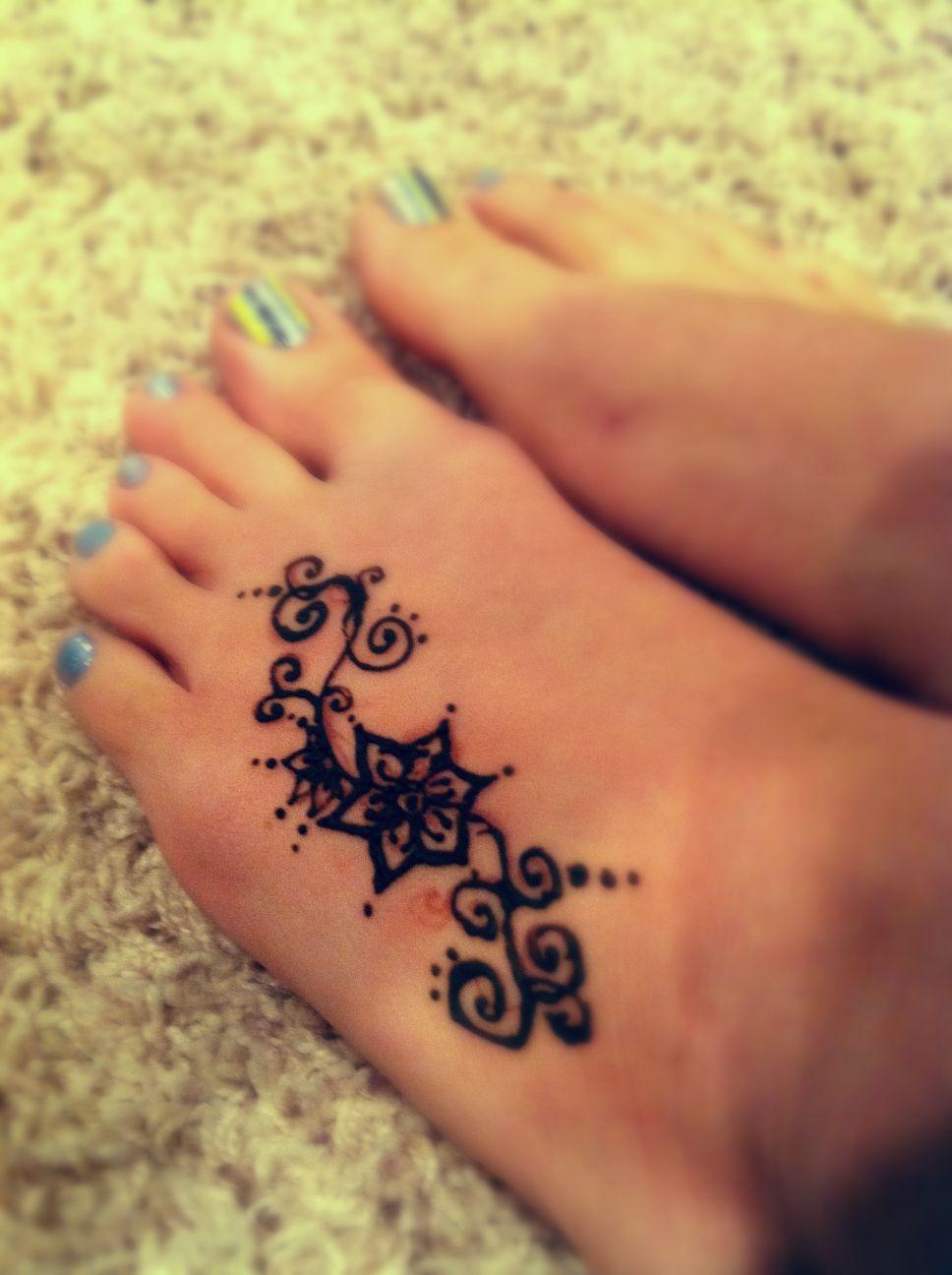 Pin By Alice Johnson On My Style Henna Tattoo Designs Simple Henna Tattoo Henna Tattoo Designs Simple
