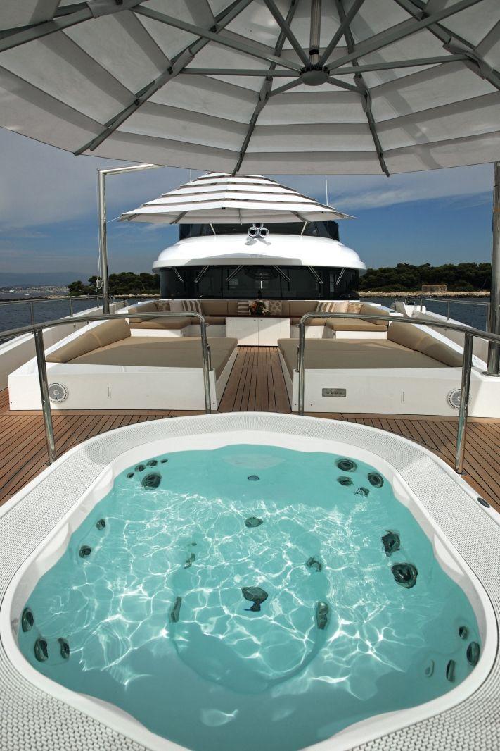 Benetti Classic Supreme 132 Www Benettiyachts It Yacht Design