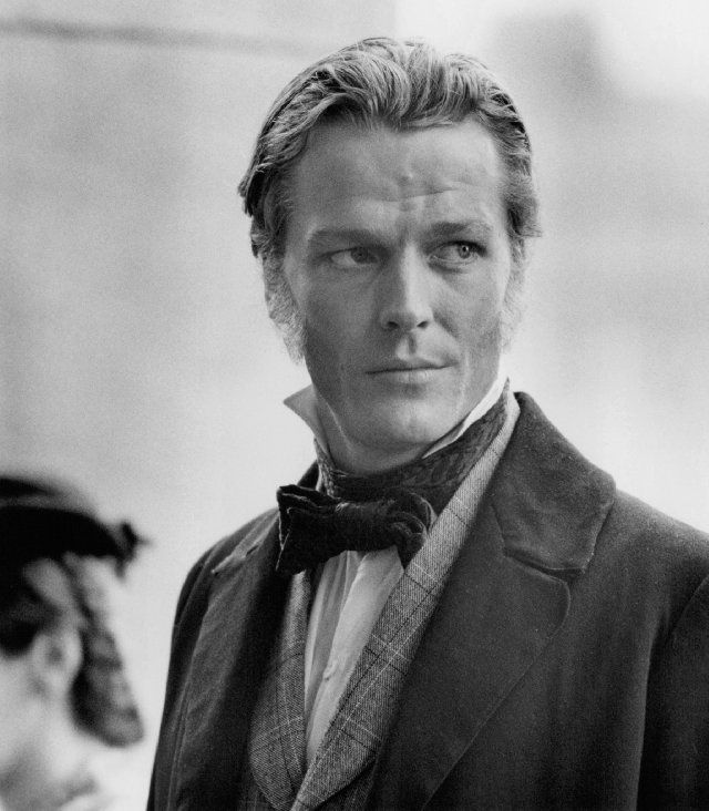 Still of Iain Glen--Alex Knight in TWICE TEMPTED, the Drake's Rakes book I'm working on right now.