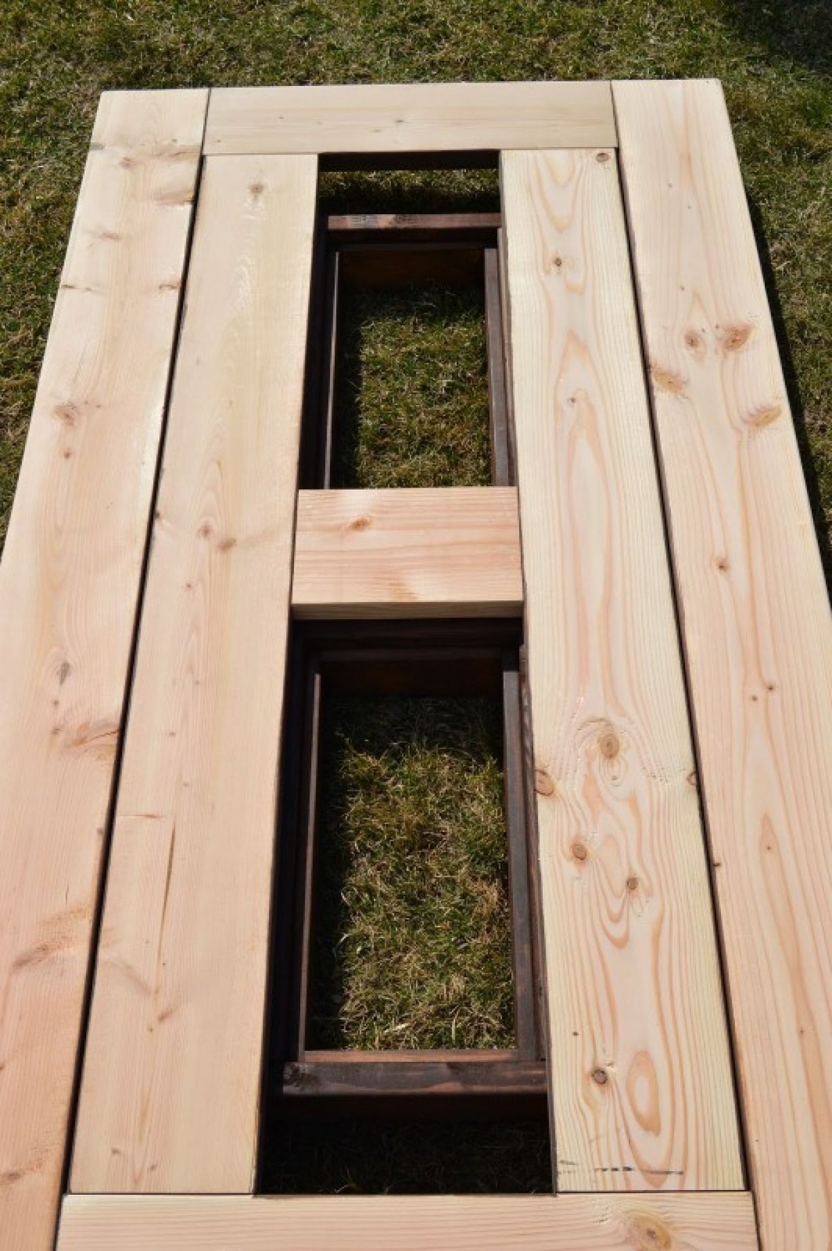 make your own outdoor furniture. Make Your Own Patio Table With Built-In Ice Boxes Outdoor Furniture
