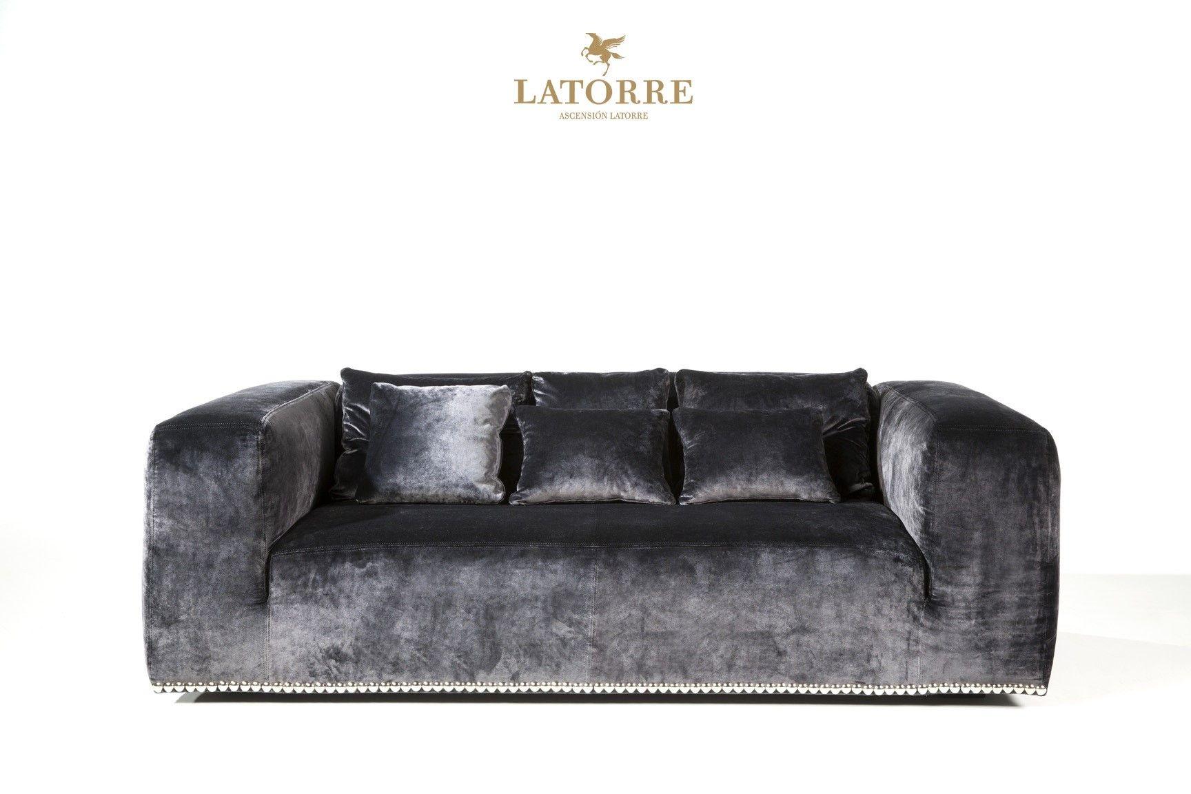 Bond sofa Latorre www.loggerewilpower.com