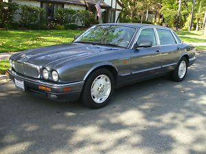 Other Offer Baymazon Jaguar : XJ6 Vanden Plas 1996 Jaguar Vanden Plas  Price: $560.0 Ends