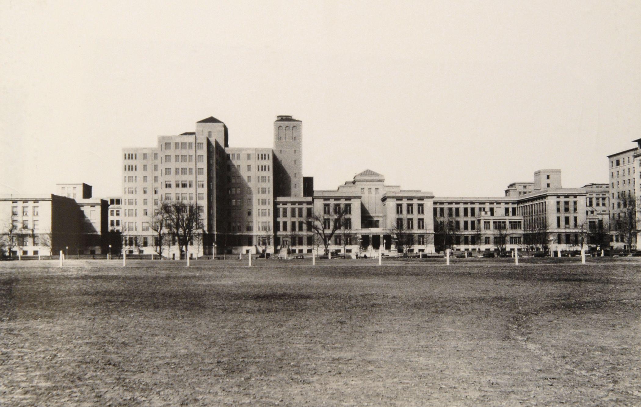 Barnes Hospital, 1950s. Barnes-Jewish Hospital In St ...
