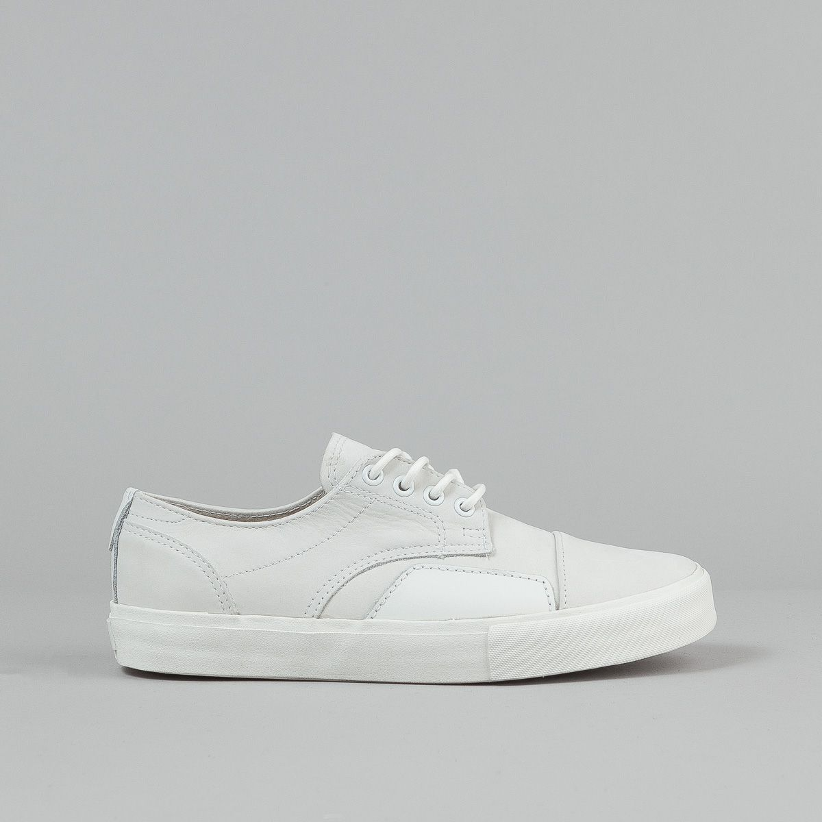 "8330b67436 029.170   Luke Meier  Style  Seylynn ""S"" in white by Vans  Syndicate  collection."