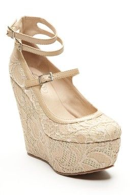Trend: Lace -- Matisse Lacee Heel