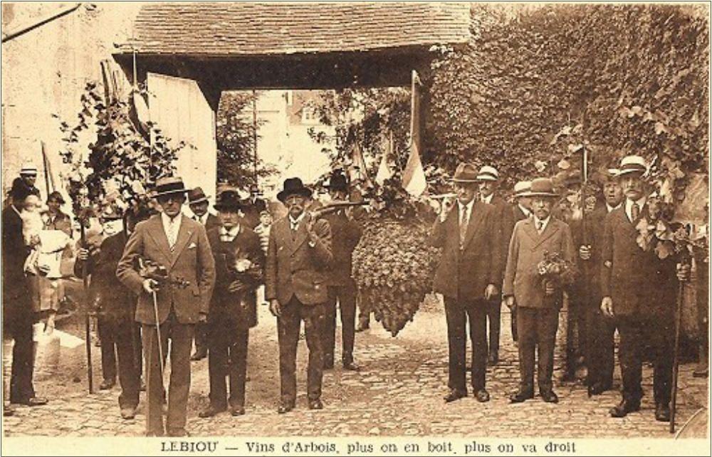 Carte Postale Ancienne Du Jura Le Biou A Arbois Avec Images Histoire Du Vin Vignoble Jura