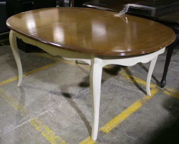 962: Queen Anne style painted wood dining table. : Lot 962 | Paint ...