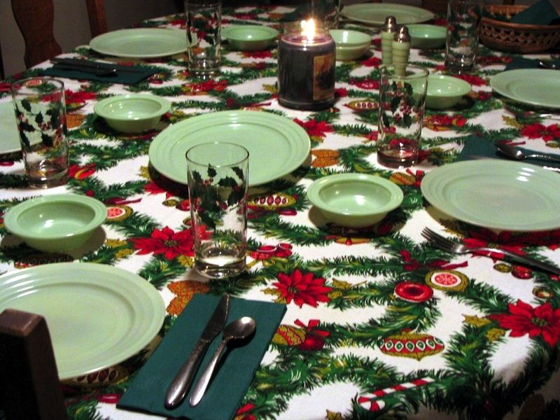 Christmas Party Table Decorations Ideas Christmas Party Table Christmas Party Table Decorations Christmas Table Settings