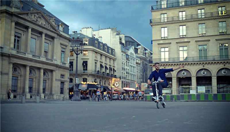 Airwheel E6 E-bike makes its international debut under the new marketing slogan