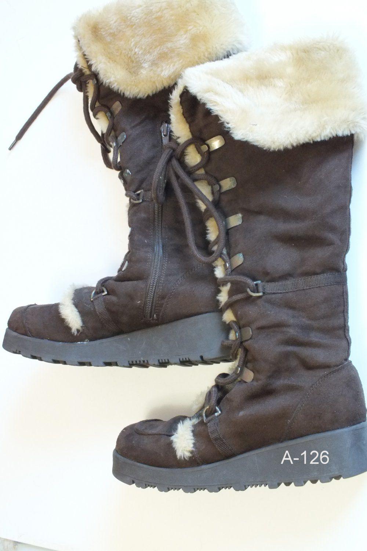 WINTER Fashion Boots Size 8 M Woman
