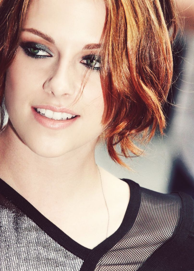 Kristen Stewart... love her makeup!