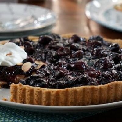 Valerie Bertinellis Lemon Love Cake Recipe