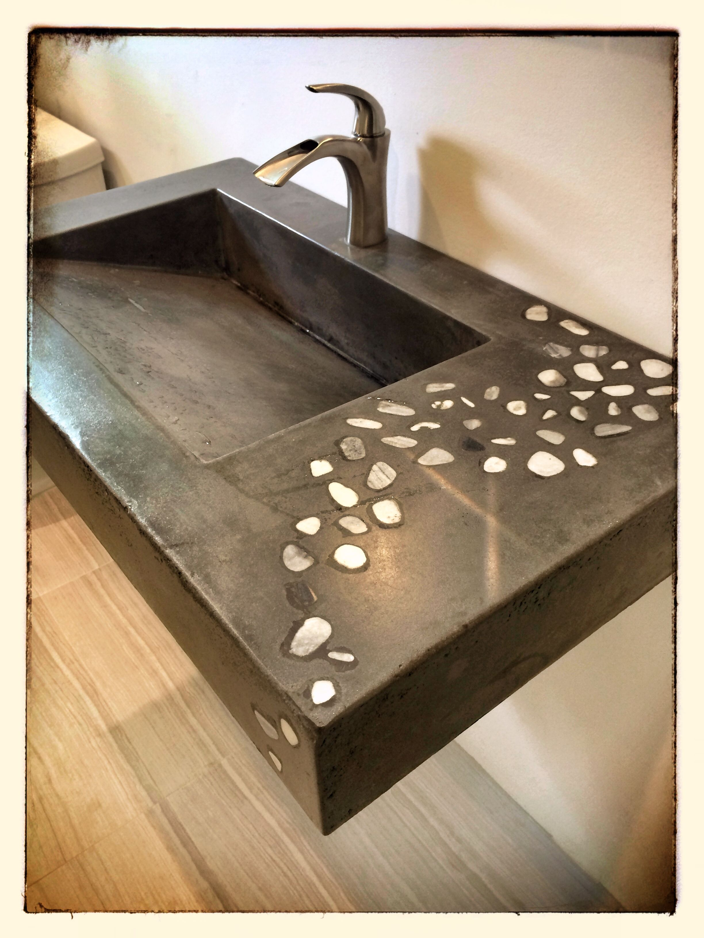 Keramik Waschbecken Wikipedia Concrete Ramp Sink W Stones Slot Drain Sji Bathroom