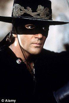 Antonio Banderas El Zorro Com Imagens Antonio Banderas