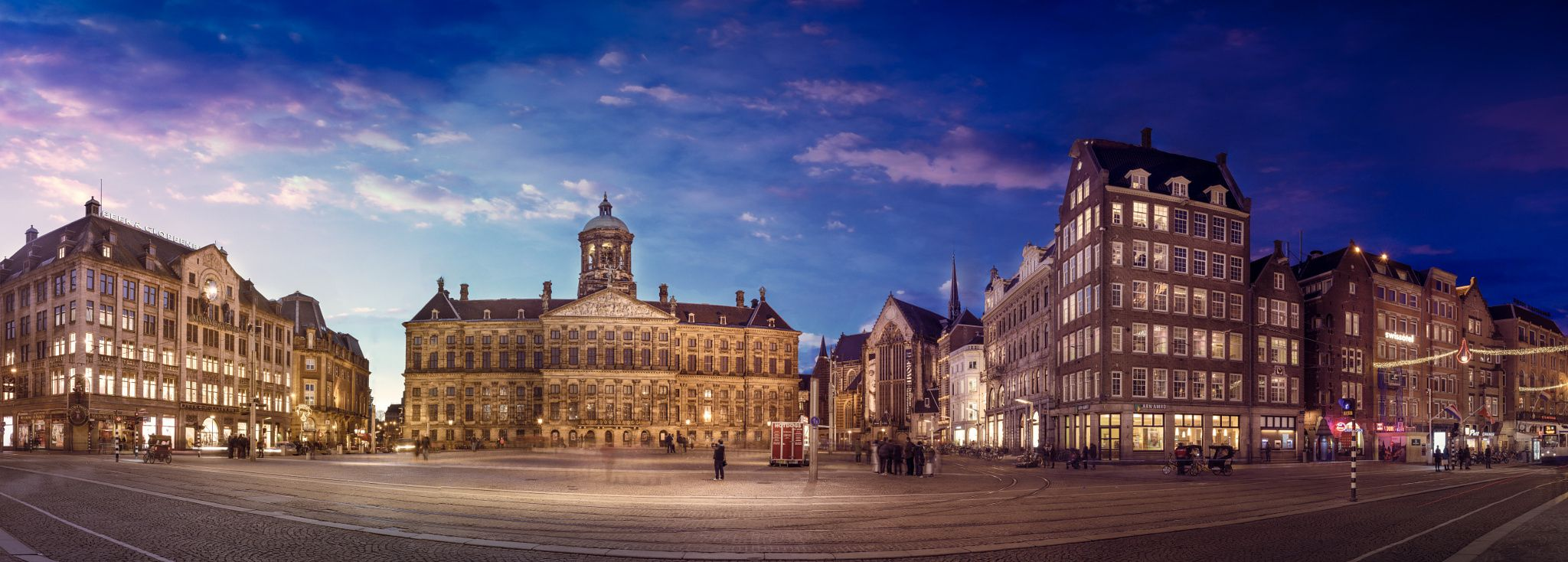 Dam square after sunset dam square or dam is a town for Dam in amsterdam