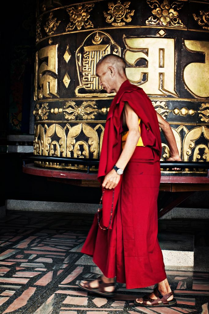 Lotus Buddhist monk, Buddha buddhism, Tibetan buddhism