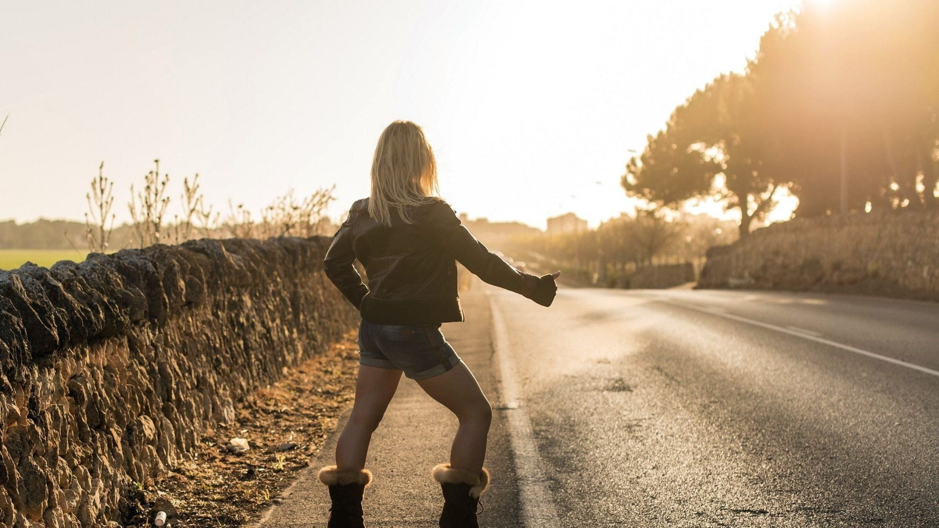 girl, road, style - http://www.wallpapers4u.org/girl-road-style/