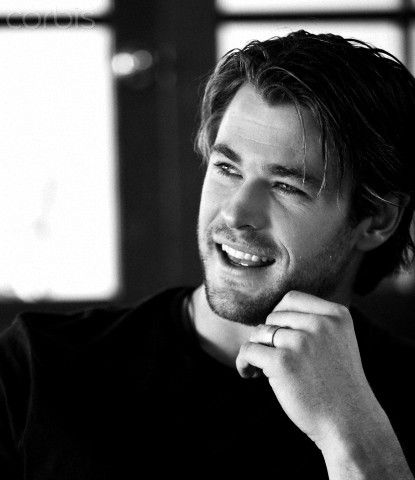 Chris Hemsworth. Yeah...I think that when Benjamin doesn't have anything to do he probably does run around with stubble. ^_^