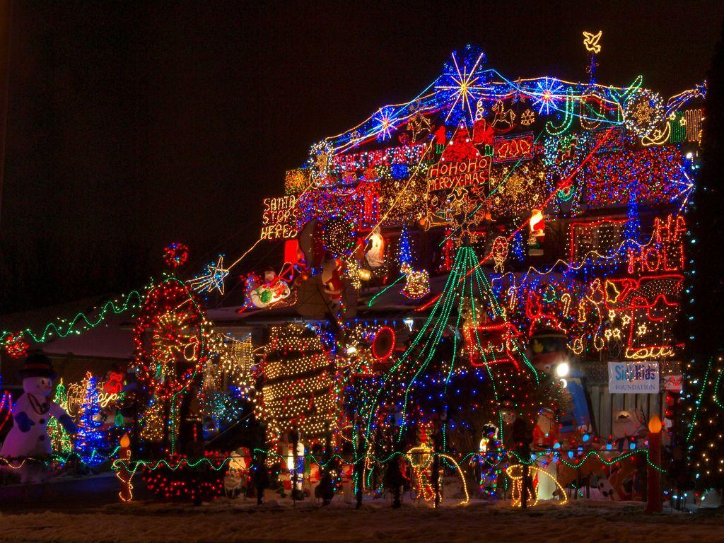 C mo colocar las luces de navidad p gina 66325 luces - Decorar postales de navidad ...