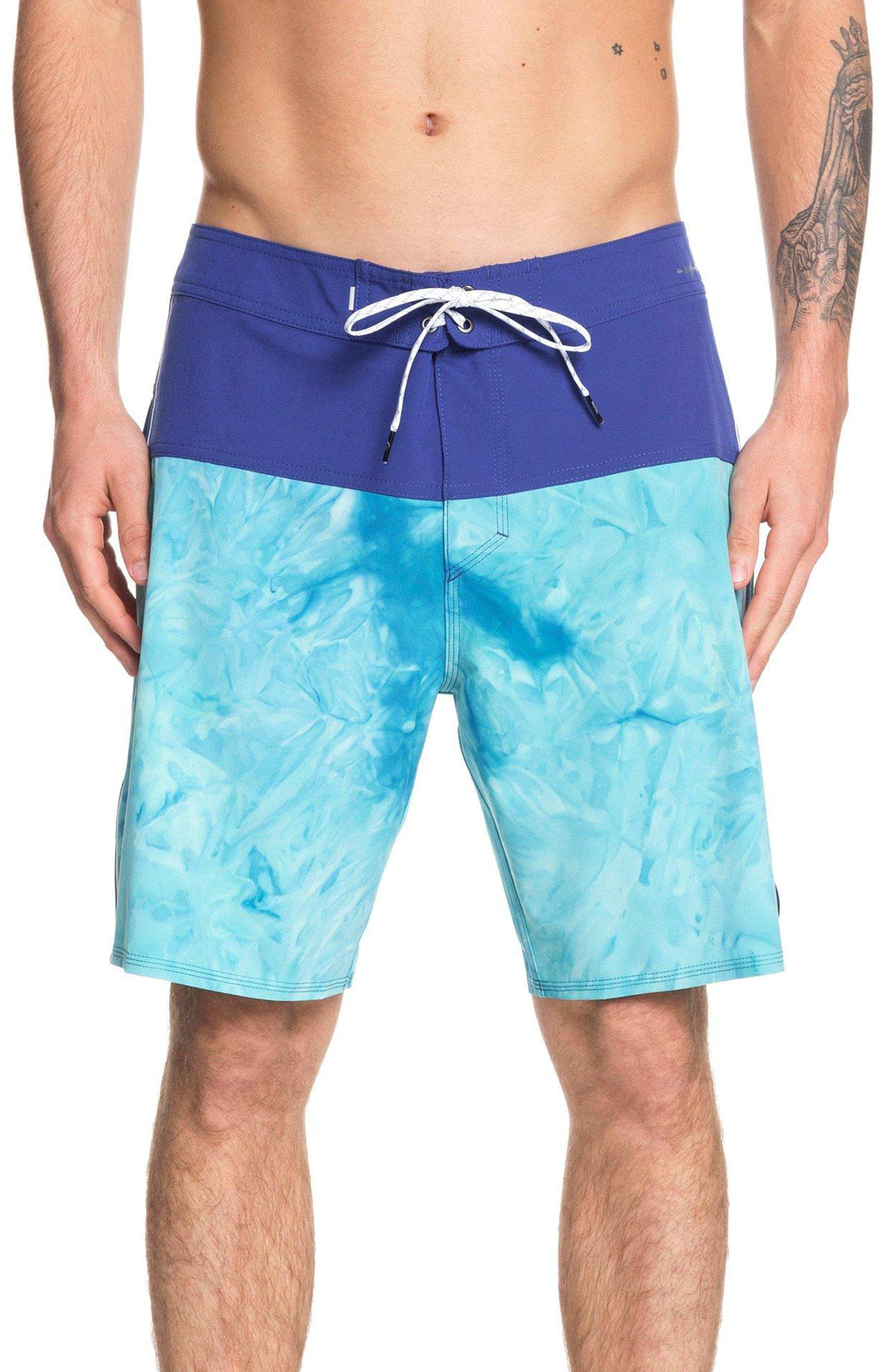 Quiksilver Mens Highline Dead Floral 18 Boardshort Swim Trunk