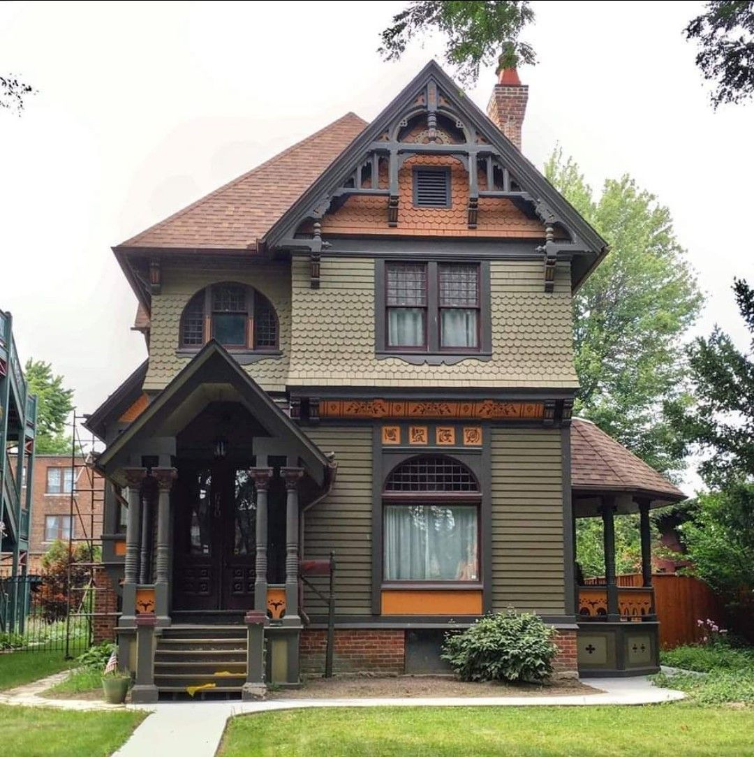 Pin By Mellanie Hollingsworth On Painted Ladies In 2020 Victorian Homes Dream House Exterior Victorian Style Homes