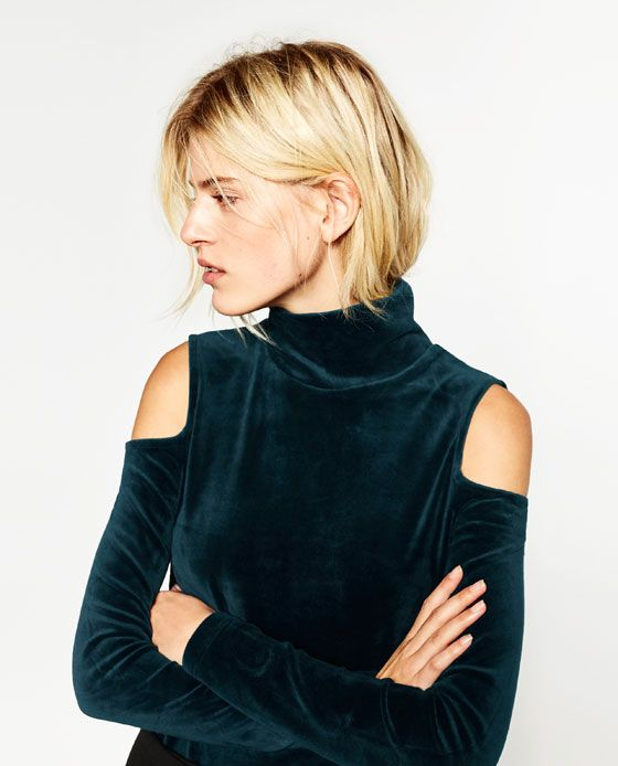 acheter populaire 15dd3 941b7 Image 7 of VELVET CUT-OUT SHOULDER SWEATER from Zara ...