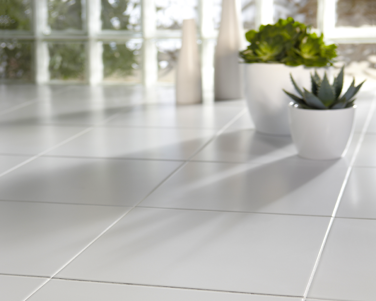 Difference between glazed and unglazed tiles httpbit11tcxeo pure white quartz floor tiles ceramic or porcelain tile flooring is very durable and a great investment in your home dailygadgetfo Image collections