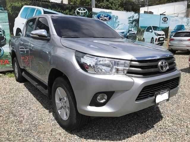 Toyota Hilux 2017 Doble Cabina Full Equipo Venta De Carros En