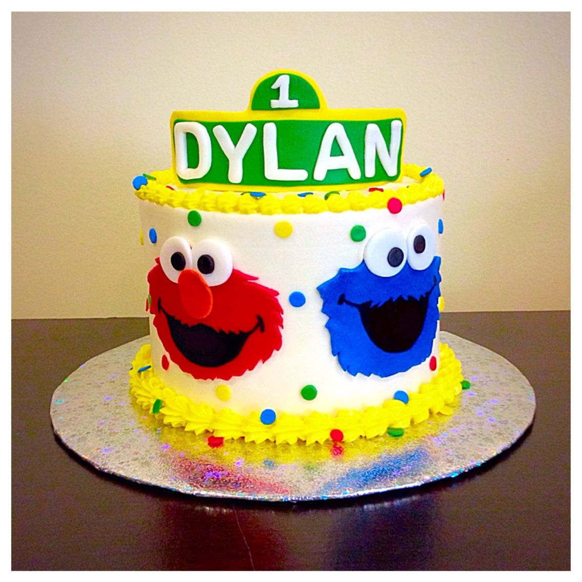 Sesame Street Smash Cake With Images Sesame Street Birthday