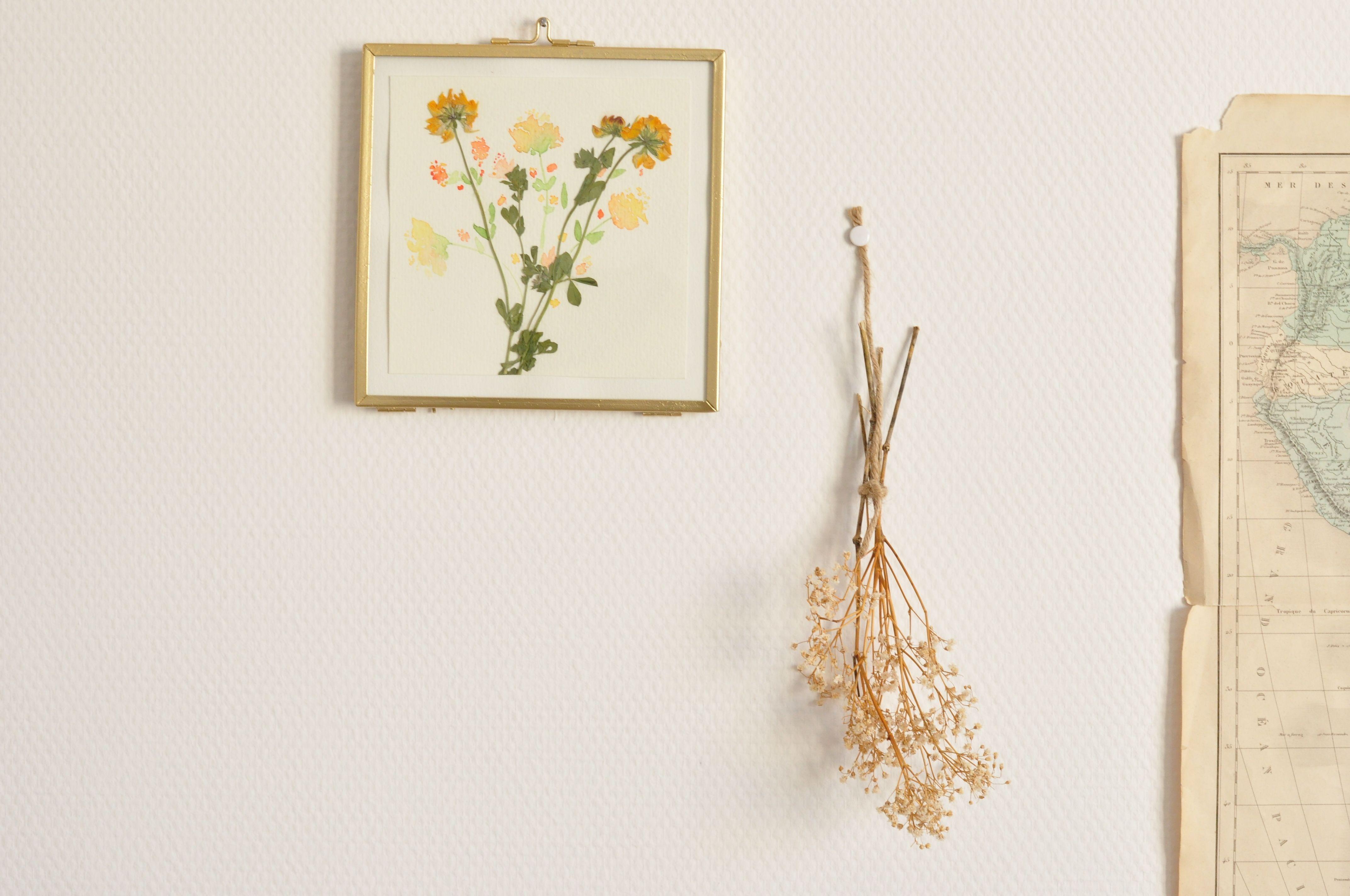 Bouquet Ete Aquarelle Originale Signee Avec Fleurs Sechees Pour