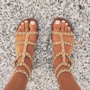62c2a0e3cc31 These 10 websites have the cutest cheap sandals to choose from!