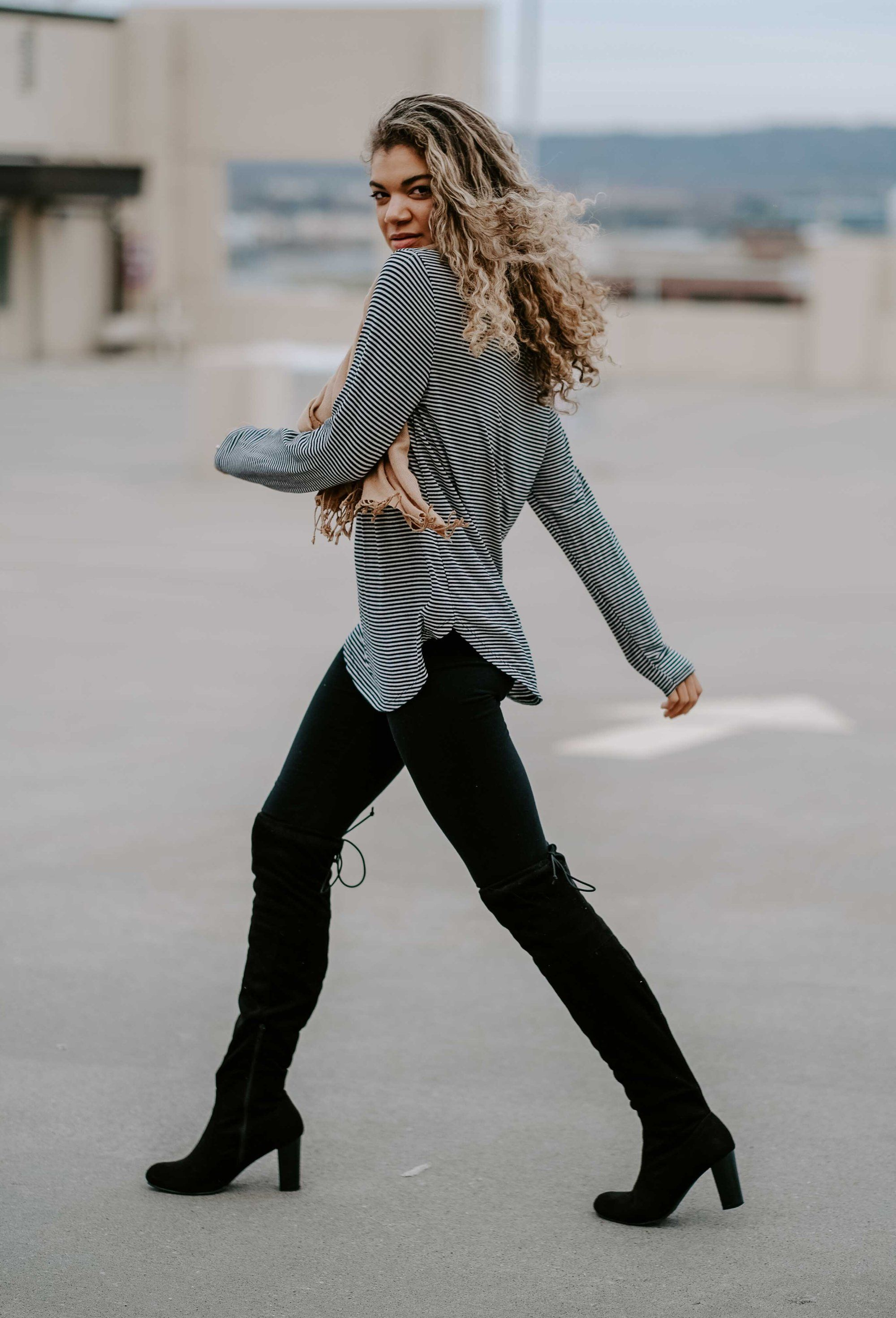 4 Classy Thanksgiving Outfits With Leggings - MY CHIC OBSESSION #thanksgivingoutfit
