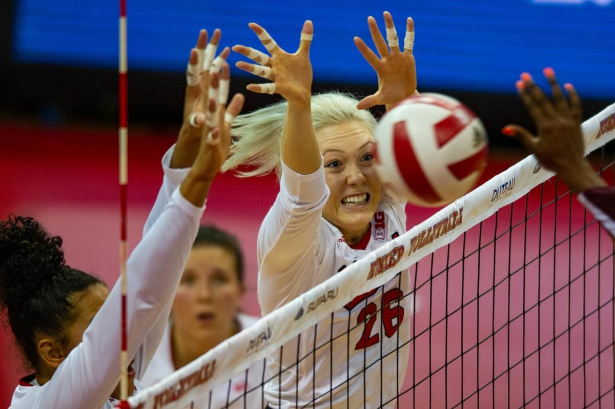 Nebraska Volleyball Team Moves Up In Rankings Stivrins Gets Big Ten Award Volleyball Team Big Ten Volleyball