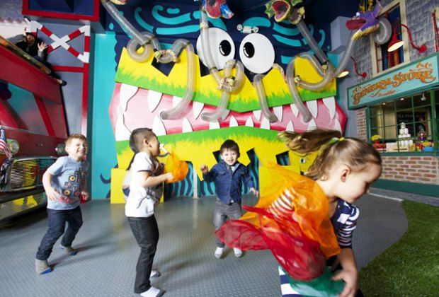 Mega Indoor Play Space Curiosity On Court Opens in Cobble Hill ...