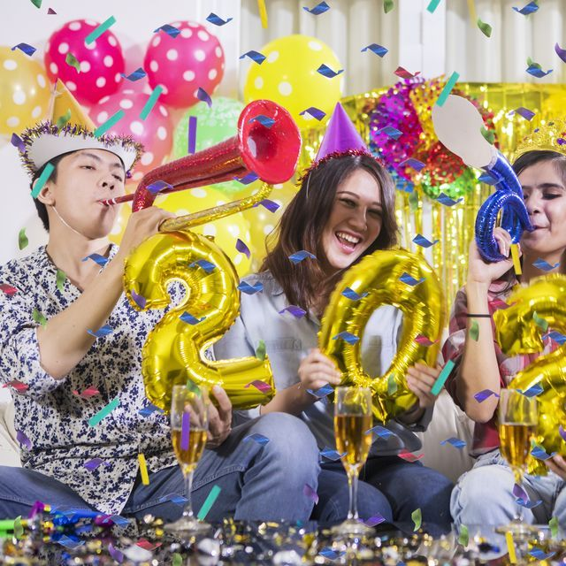 Celebrate New Year's Eve With These Fun Party Ideas ...