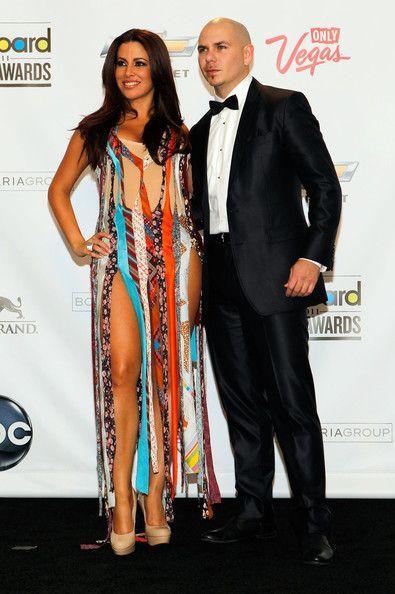 Bitbull Wife Barbara Alba Bitbull Pitbulls Celebrities Sari