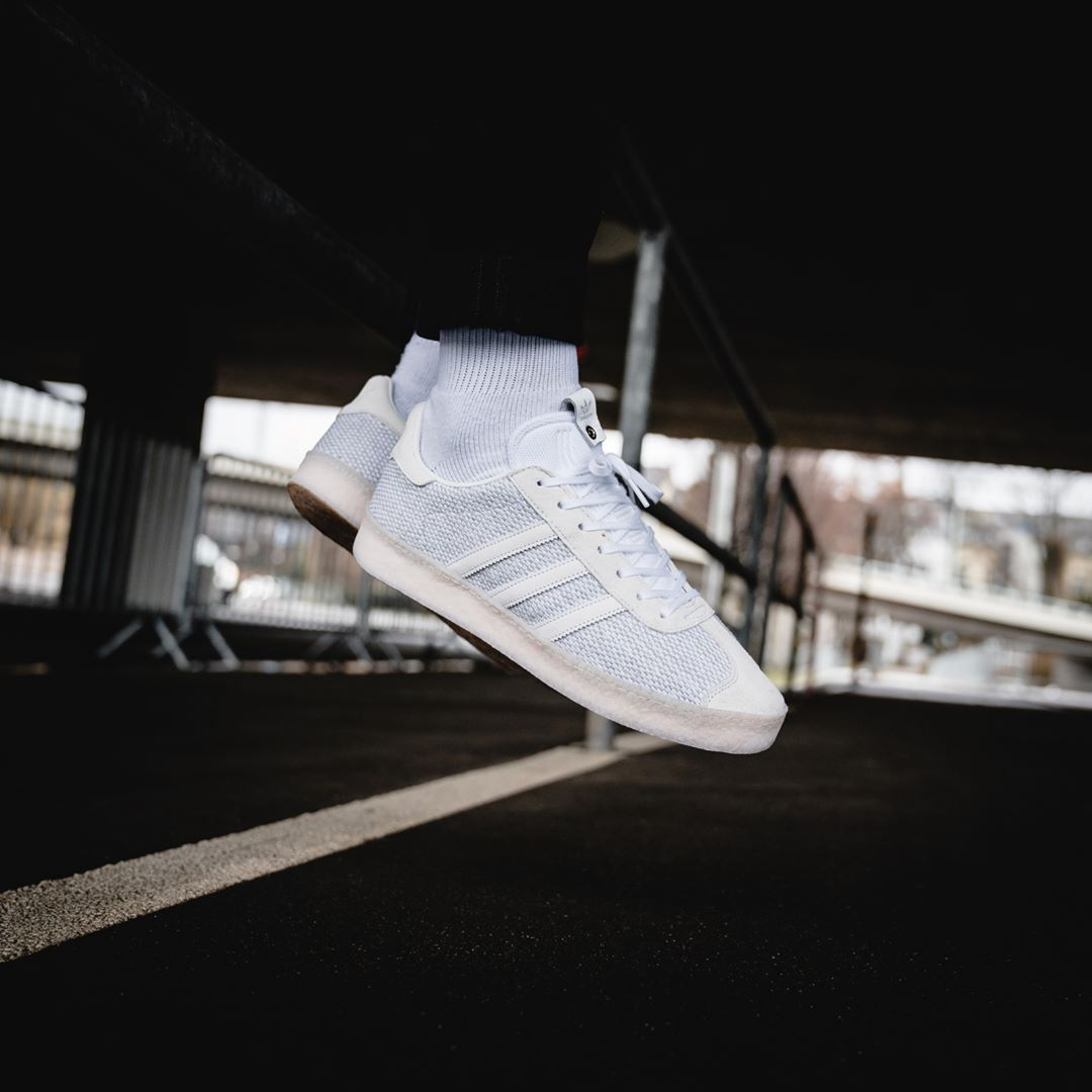 surco tragedia Todos  insidesneakers • Juice x Adidas Consortium Gazelle Grey / Beige / White •  DB1628 | Grey and beige, Adidas, Latest sneakers