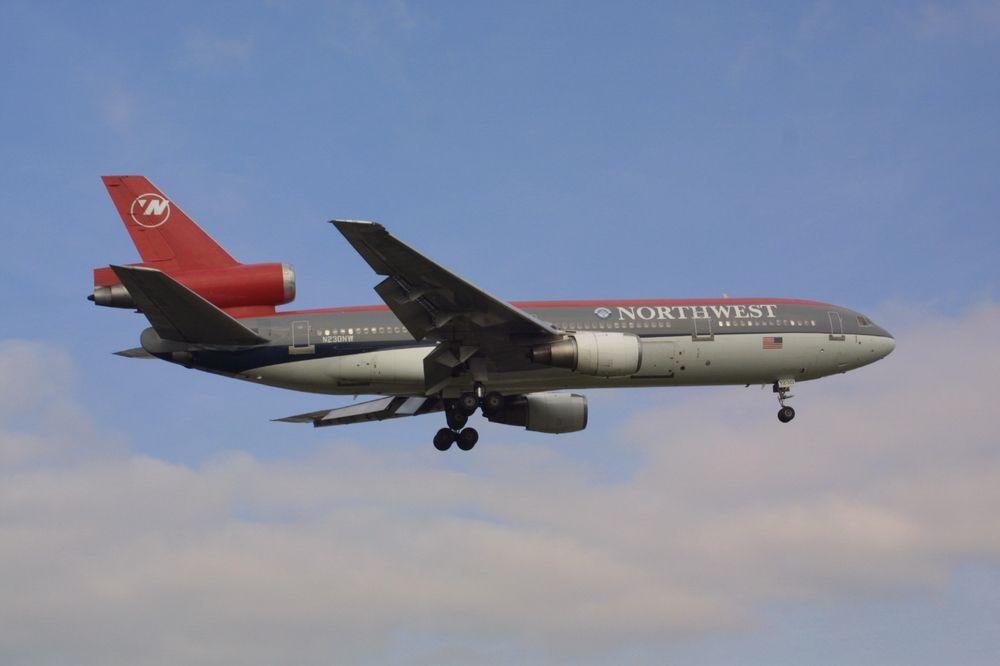 24 Mar 2002 Northwest Airlines North West