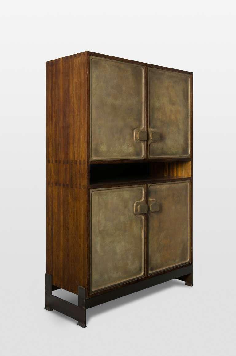 Luxury Wine Bar Cabinet Designs