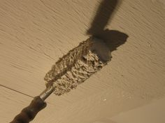 Rolling Drywall Mud With Paint Roller Ceiling Texture Ceiling Texture Types Remodel Bedroom