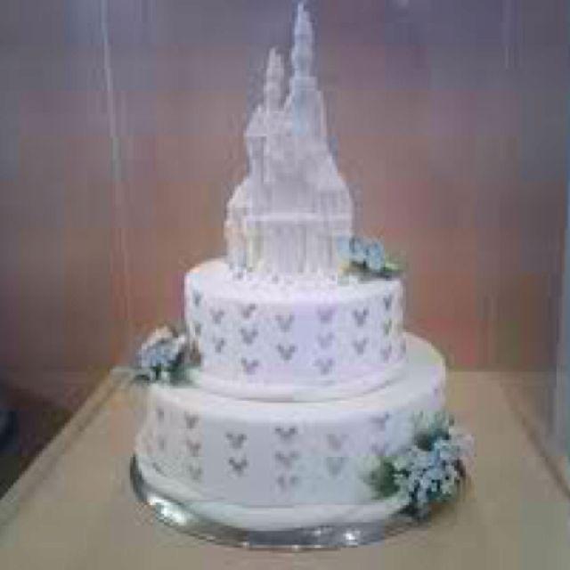 Oh my gosh. Disney wedding cake!