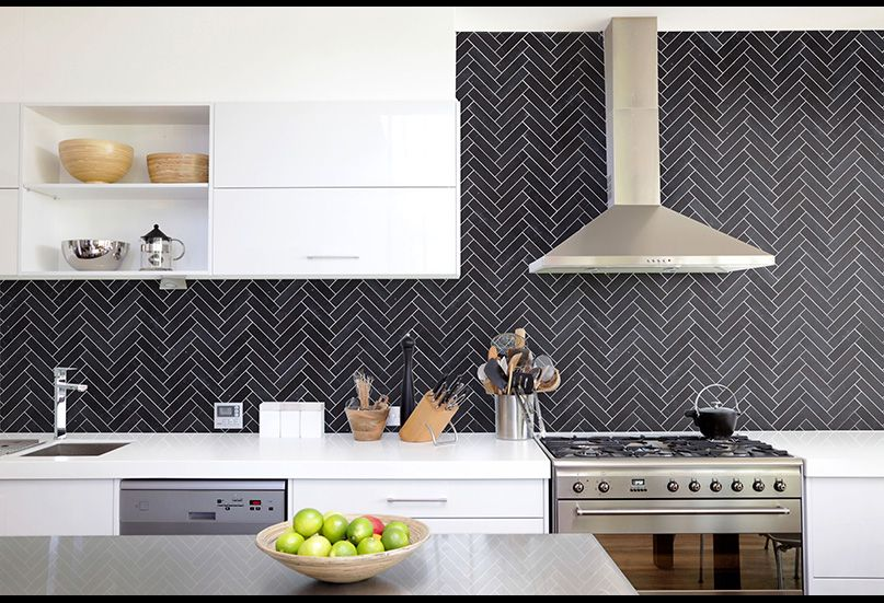 Pin By Alexandra Sprenger On Ph Kitchen With Images Kitchen Tile Inspiration Modern Kitchen Tiles Modern Kitchen Tiles Design