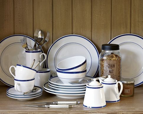 Brasserie Blue Banded Dinnerware I found these perfect William Sonoma Brasserie dishes for the total set under $50 at a yard sale. at William Sonoma 4 of ... & Brasserie Blue-Banded Porcelain Dinnerware Place Settings ...