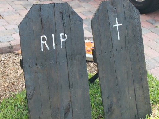how to make upcycled halloween tombstones for your yard inhabitots