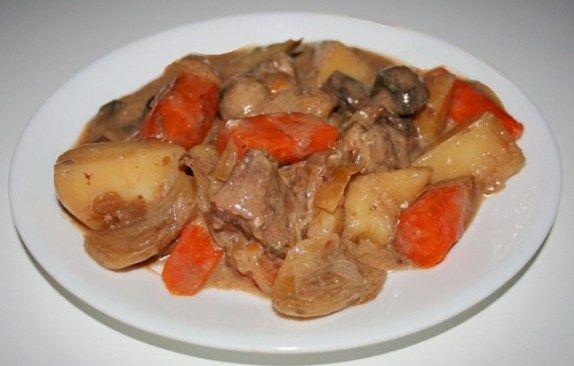 Photo of Boeuf légumes mijoteuse assiette