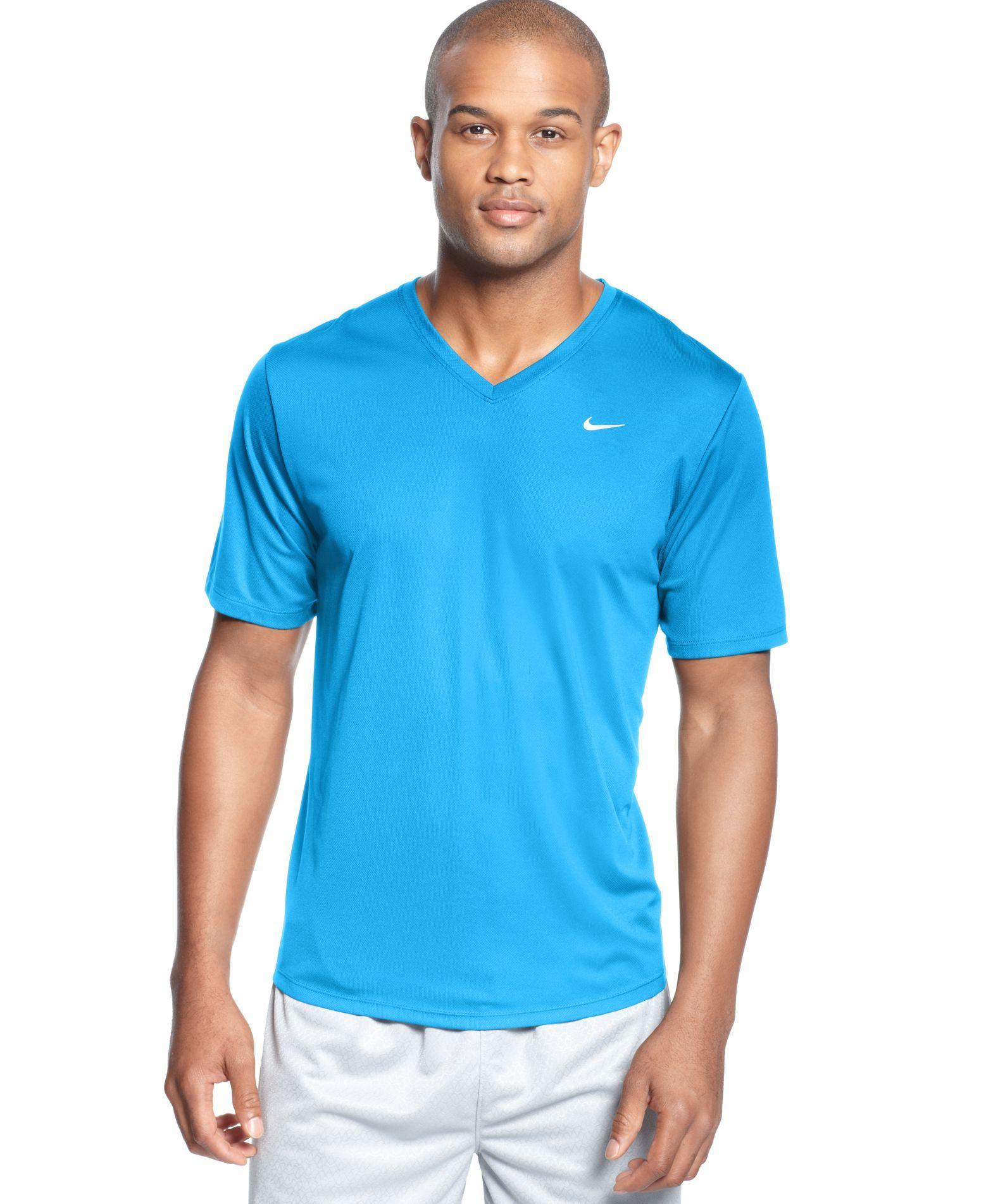 2d909206 Nike Challenger V-Neck T-Shirt | Products | T shirt, V neck t shirt ...
