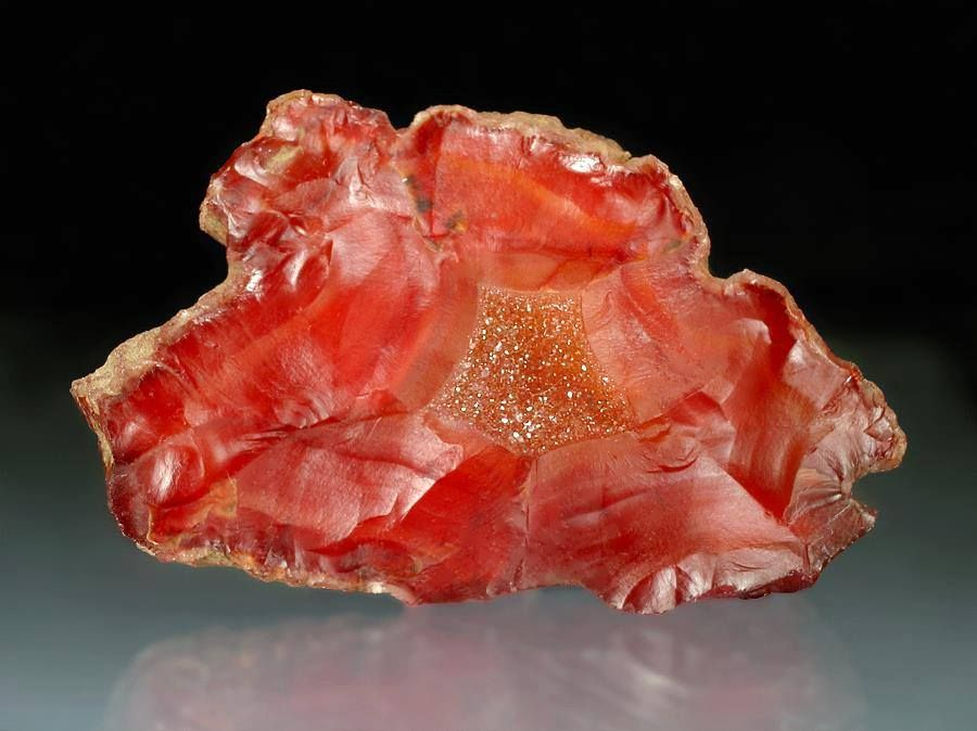 QUARTZ (Var: Chalcedony) - Carnelian agate Kalama Area, near Kalama, Cowlitz County, Washington, USA Collected by Julian Campbell Photo Copyright © 2014 Jeffrey M. Schwartz