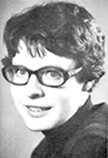 Susan Jocelyn Bell Burnell es una astrofísica norirlandesa que descubrió la primera radioseñal de un púlsar junto a su tutor de tesis, Antony Hewish.Bell Burnell nació en Irlanda del Norte, donde su padre fue arquitecto del planetario Armagh. Disponía de una gran biblioteca, y animó a su hija a leer. Ésta se interesó especialmente por los libros de astronomía.