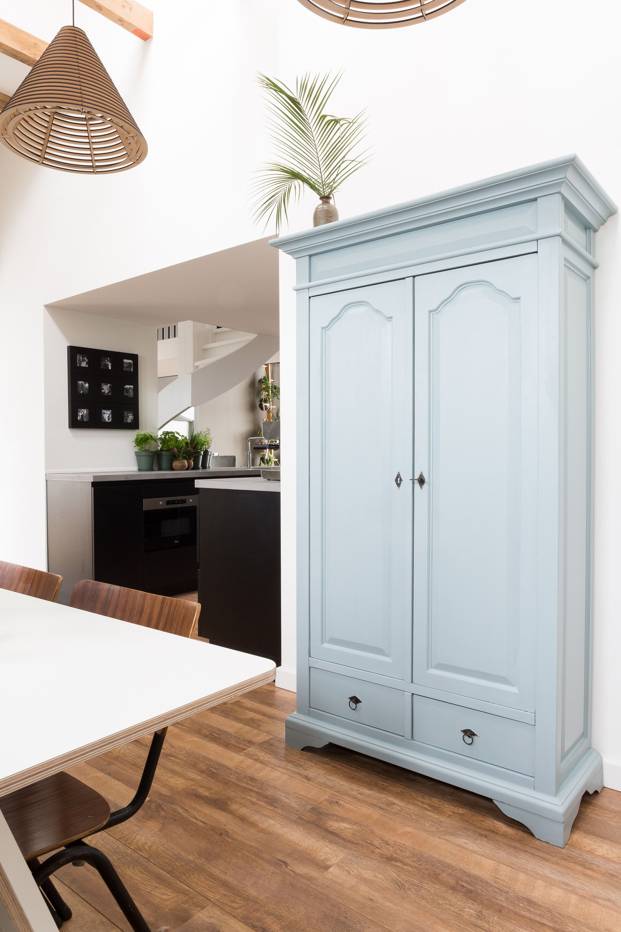 Kast Verven Oude Look Inspiré Par La France Aux Pays Bas Meble Refurbished Furniture